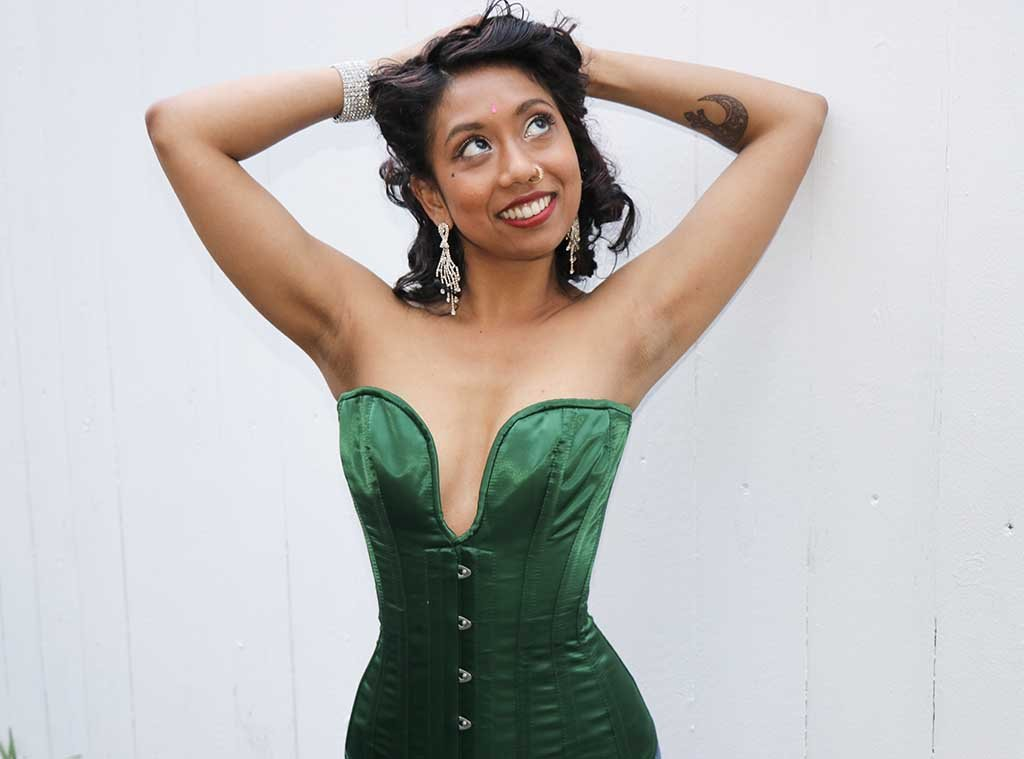 Darjeeling Doll in the green Midnight Overbust Corset from Lotus Blooms